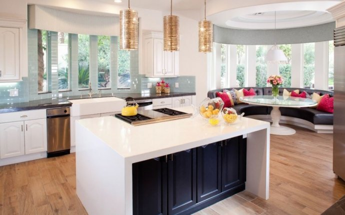 Кухня с эркером: 50 наиболее комфортнных дизайнерских решений