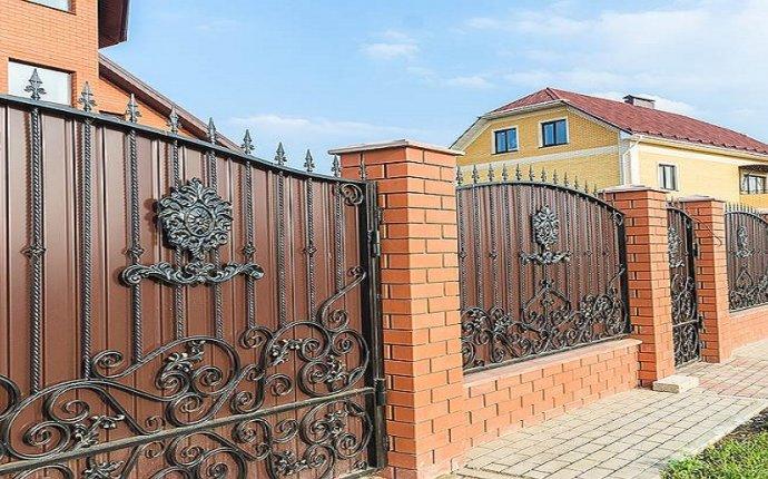 заборов и оград частных домов фото